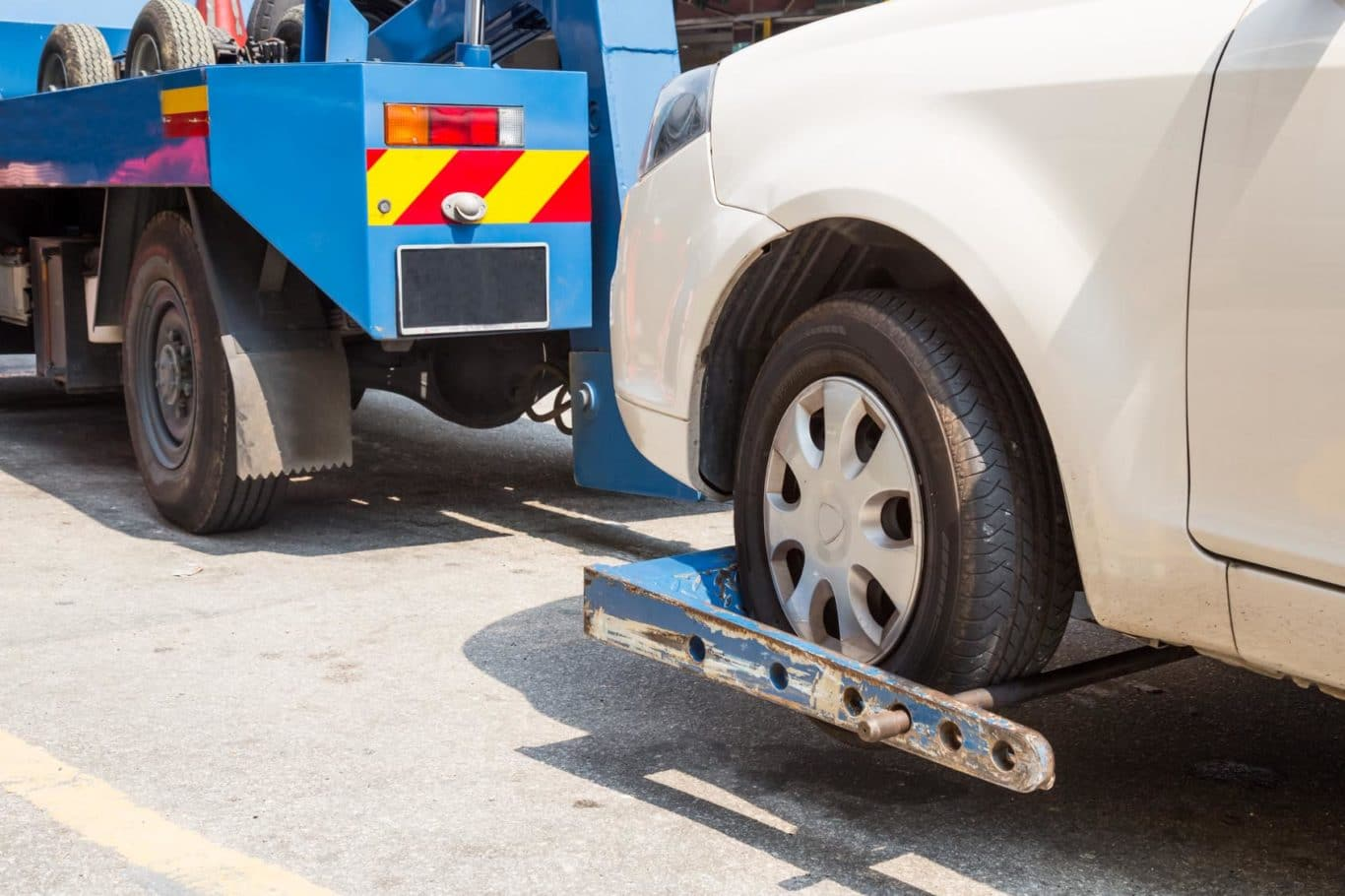 Marino expert Car Towing services